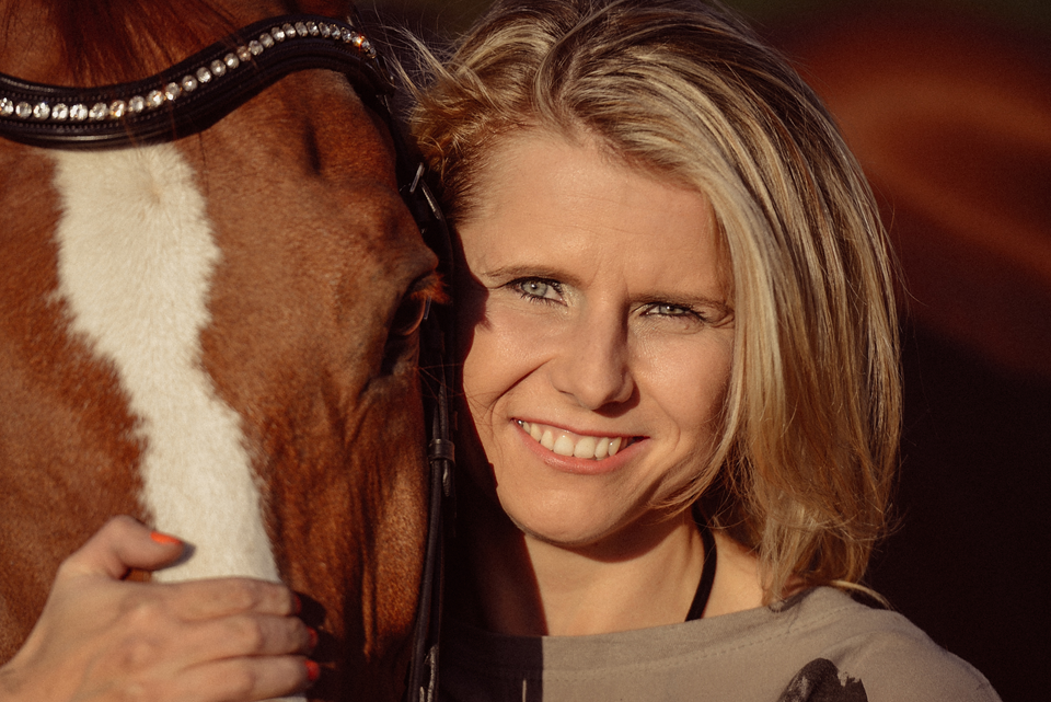 Fotografie Shooting Fotograf Fotografin Pferde Pferd Pony Tier Tiere Tiershooting Pferdeshooting Pferdefotografie Outdoor Ettlingen Karlsruhe Pforzheim Bruchsal Bretten Kraichtal Straubenhardt Lifestyle Portrait 13