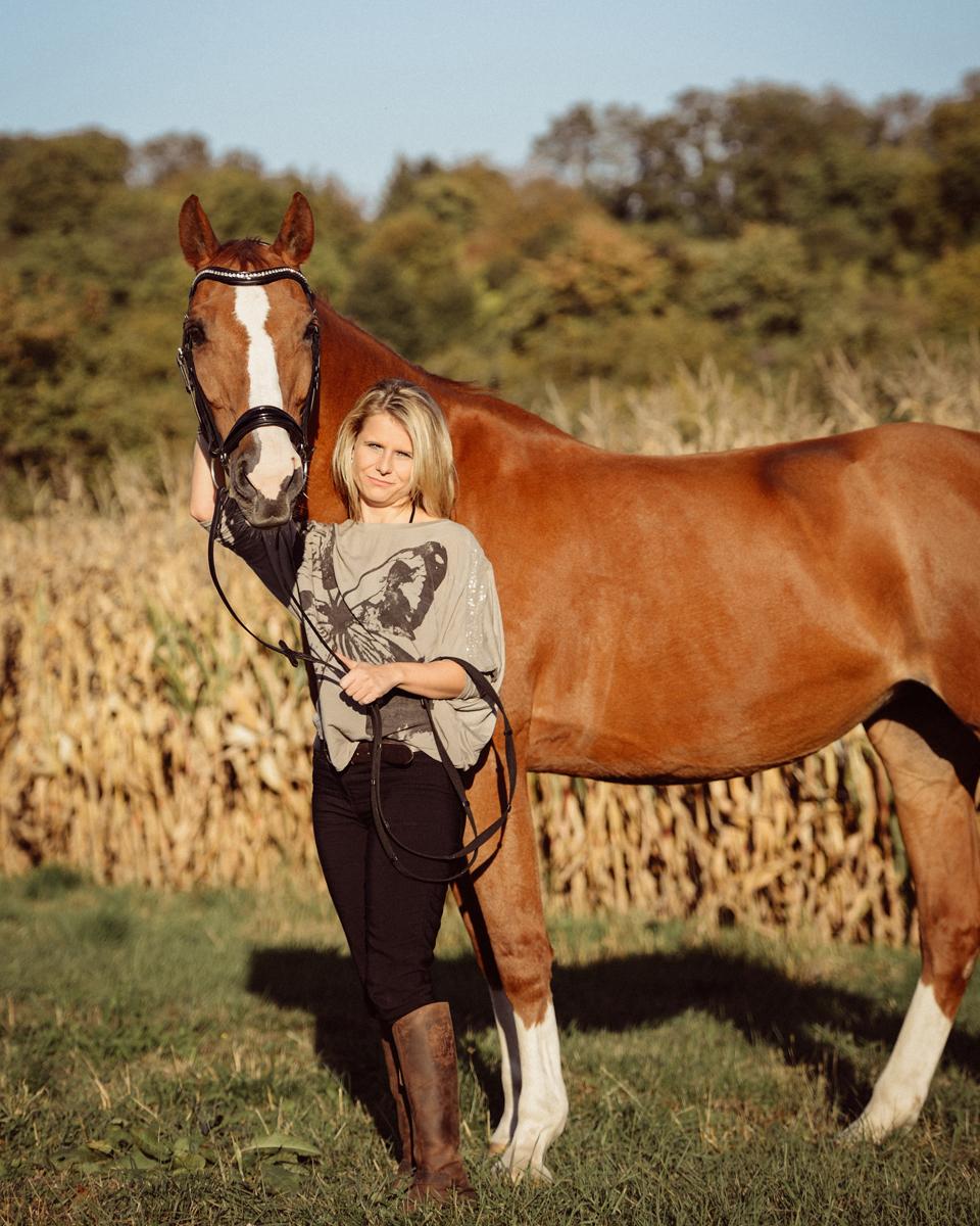 Fotografie Shooting Fotograf Fotografin Pferde Pferd Pony Tier Tiere Tiershooting Pferdeshooting Pferdefotografie Outdoor Ettlingen Karlsruhe Pforzheim Bruchsal Bretten Kraichtal Straubenhardt Lifestyle Portrait 2